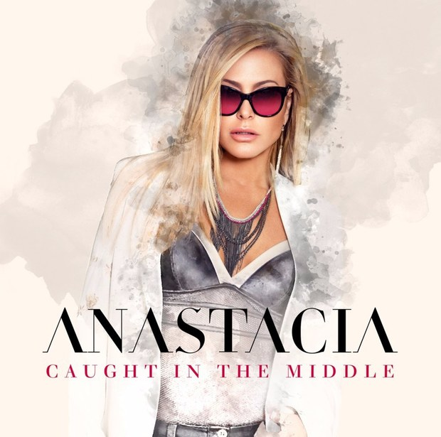 anastacia-caught-in-the-middle