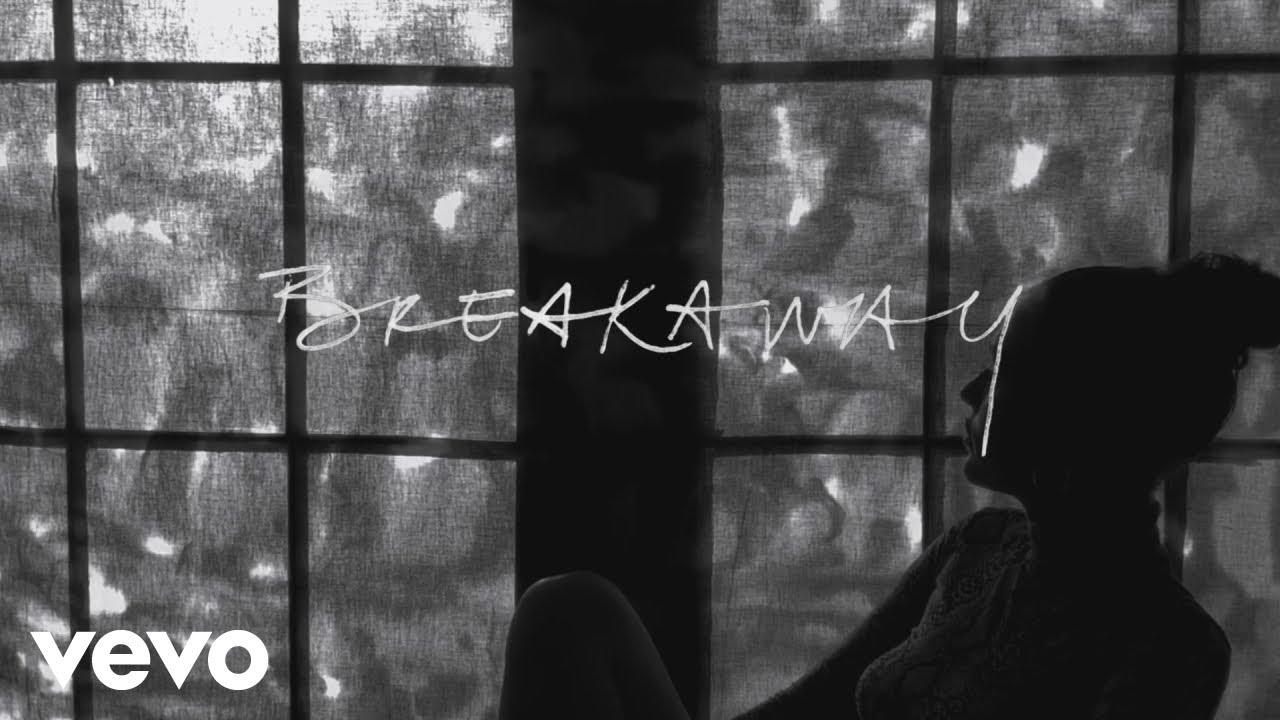 Lennon-stella_breakaway