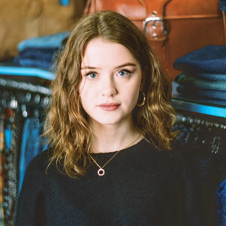 Maisie-peters-Stay-Young